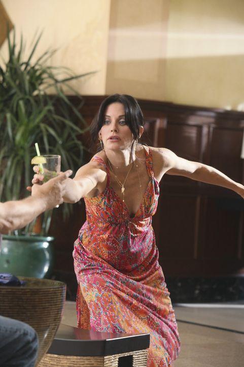 Ihr Geburtstag verläuft etwas anderes als geplant: Jules (Courteney Cox) ... - Bildquelle: 2009 ABC INC.