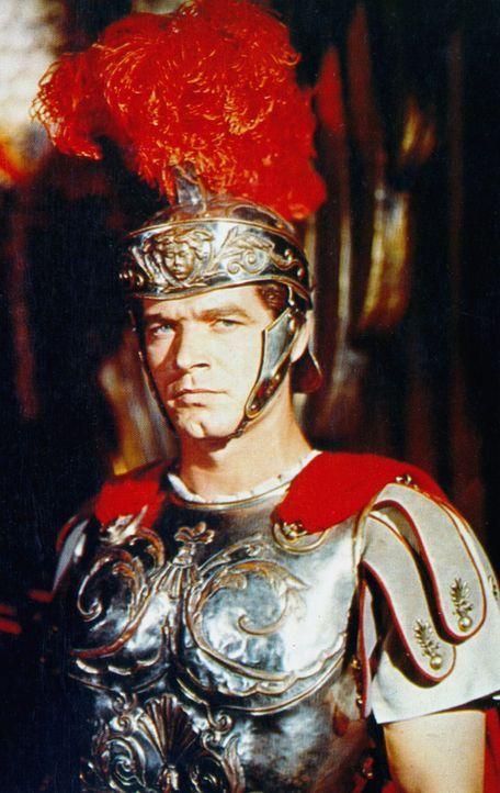 Nach seinem Eintritt in die römische Armee verfolgt Messala (Stephen Boyd) die Familie seines früheren Jugendfreundes Ben Hur mit gnadenlosem Hass... - Bildquelle: Metro-Goldwyn-Mayer (MGM)