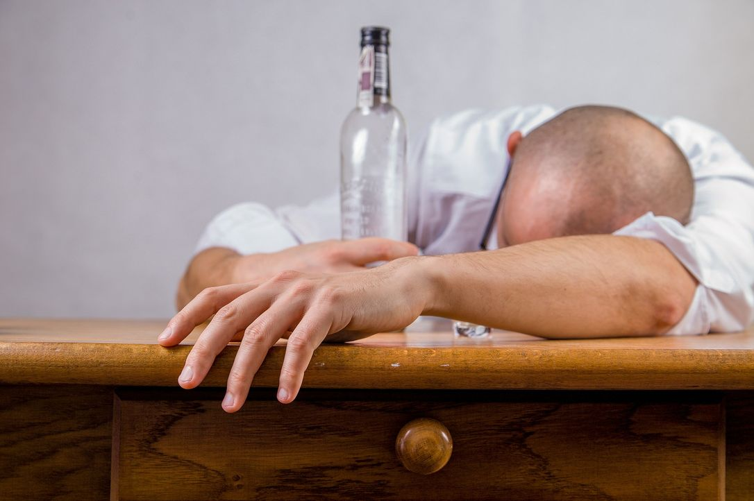 alcohol-428392_1920 - Bildquelle: Pixabay