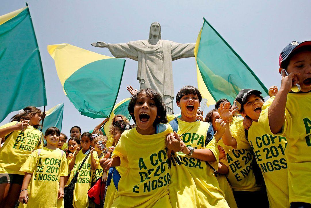 WM-Brasilien-brasilianische-Fans-Kinder-071030-dpa - Bildquelle: dpa
