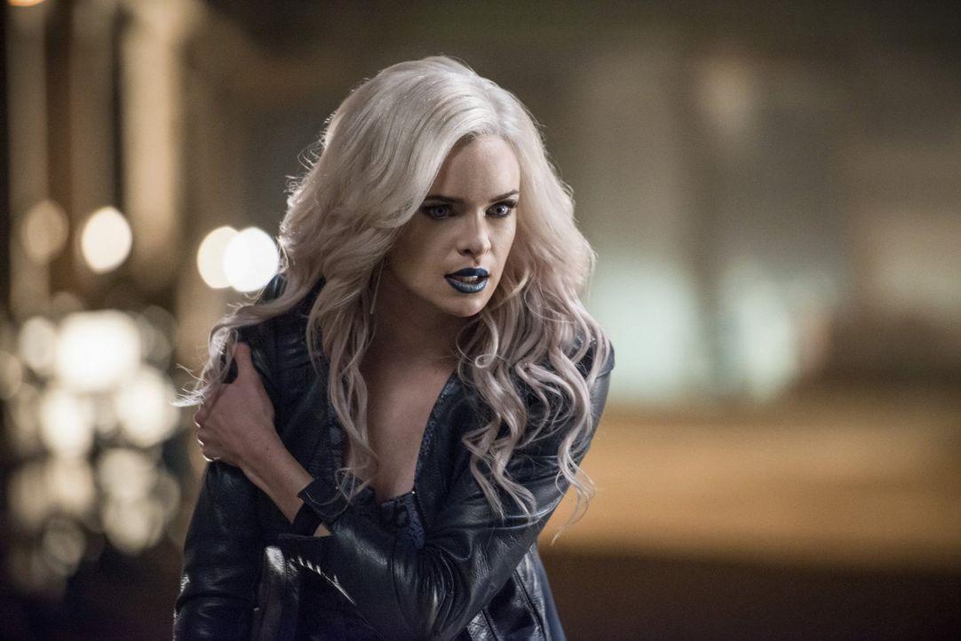 Noch ahnt Caitlin alias Killer Frost (Danielle Panabaker) nicht, dass vor Zoom nicht mal seine Verbündeten sicher sind ... - Bildquelle: Warner Bros. Entertainment, Inc.