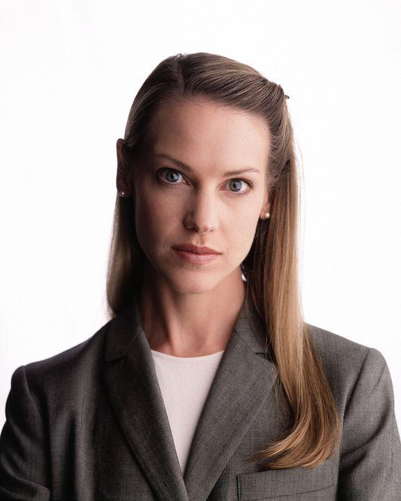 Immer wieder muss Patty (Francie Swift) trauernden Hinterbliebenen Rede und Antwort stehen. Eine sehr schwere Aufgabe ... - Bildquelle: Touchstone Television