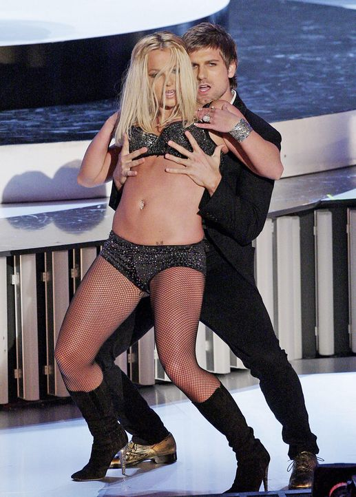 MTV-VMAs-Britney-Spears-07-09-13-gettyAFP.jpg 1433 x 2000 - Bildquelle: getty-AFP/AFP