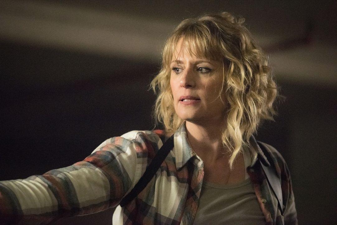 Mary (Samantha Smith) - Bildquelle: Dean Buscher 2016 The CW Network, LLC. All Rights Reserved/Dean Buscher