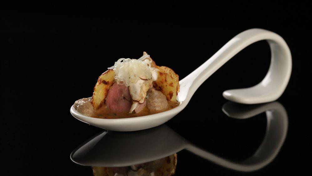 Kalbsfiletröllchen mit Champignons und Kartoffelrösti
