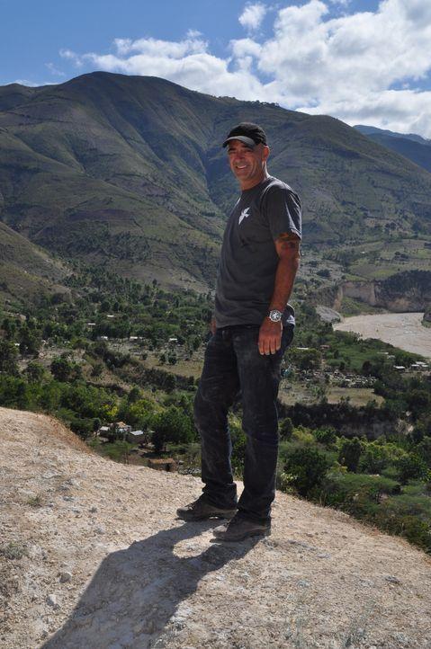 """Todd Carmichael reist nach Haiti. Dort ist er auf der Suche nach der seltenen und berüchtigten Kaffeepflanze """"Typica"""" ... - Bildquelle: 2012, The Travel Channel, L.L.C. All rights Reserved."""