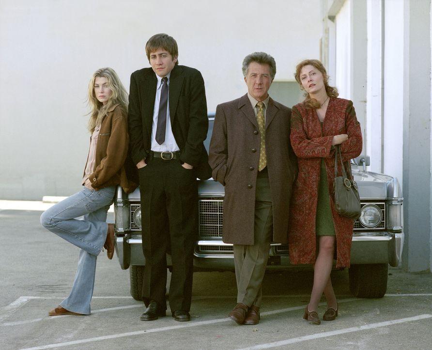 Nach dem Tod seiner Verlobten Diana bleibt Joe (Jake Gyllenhaal, 2.v.l.) vorerst bei deren Eltern (Dustin Hoffmann, 2.v.r. und Susan Sarandon, r.).... - Bildquelle: Touchstone Pictures