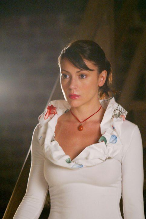 Vom Pech verfolgt: Phoebe (Alyssa Milano) kämpft mit Problemen im Job ... - Bildquelle: Paramount International Television