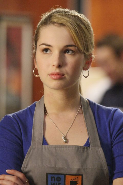 Das Chaos ist vorprogrammiert, als Amanda (Kirsten Prout) in dem Cafe zu arbeiten beginnt, in dem auch Josh aushilft ... - Bildquelle: TOUCHSTONE TELEVISION