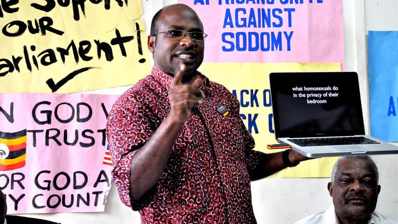 Missionäre des Hasses: Liegt es an schwulenfeindlichen und religiösen Fanatikern wie Pastor Martin Ssempa (Bild), dass Homosexualität in Uganda mit... - Bildquelle: CURRENT TV, LLC   MMX