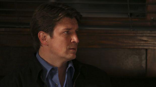 Nachdem ein Mann aus der Psychiatrie ausgebrochen und in Castles (Nathan Fill...