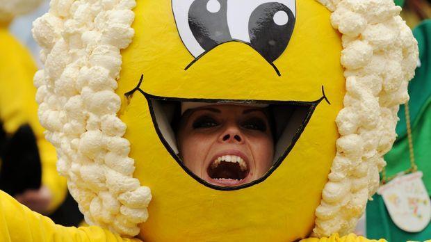 Biene-Maja-Kostüm selber machen - SAT.1 Ratgeber
