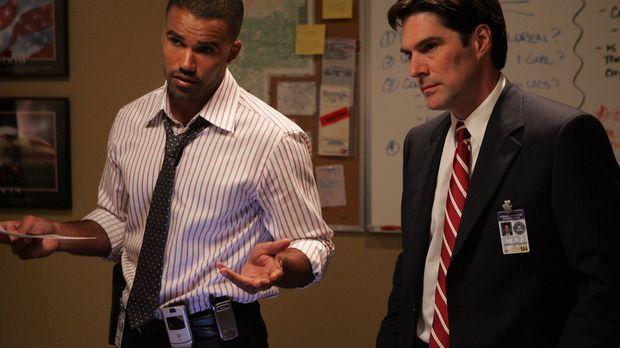 Special Agent Derek Morgan (Shemar Moore, l.) und Agent Aaron Hotchner (Thoma...