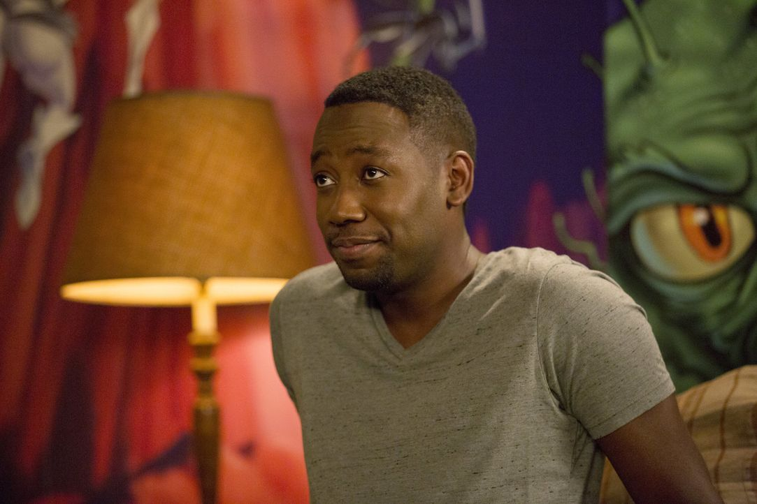 Winston (Lamorne Morris) investiert in die Karriere einer Person aus seinem Bekanntenkreis ... - Bildquelle: 2015 Twentieth Century Fox Film Corporation. All rights reserved.