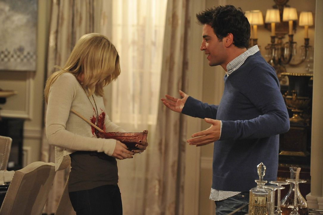 Geraten mal wieder aneinander: Ted (Josh Radnor, r.) und Zoey (Jennifer Morrison, l.) ... - Bildquelle: 20th Century Fox International Television