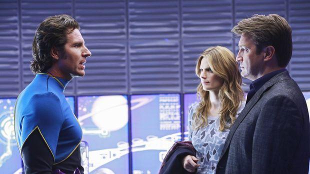 Gabriel Winters (Ed Quinn, l.) stellt sich den Fragen der Ermittler Beckett (...