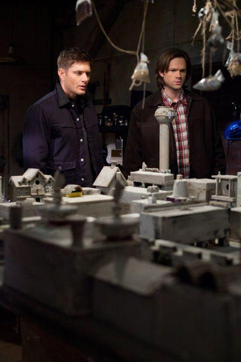 Ohne es zu wissen, helfen Sam (Jared Padalecki, r.) und Dean (Jensen Ackles, l.) dem Himmel bei einem geheimen Plan ... - Bildquelle: Warner Bros. Television