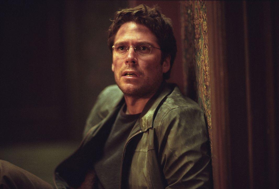Wesley (Alexis Denisof) ist fassungslos: Die Prophezeiung, an deren Deutung er so lange gearbeitet hat, scheint sich zu erfüllen ... - Bildquelle: 20th Century Fox. All Rights Reserved.