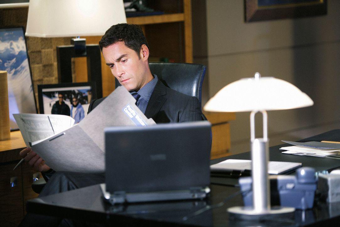 Macht Naomi ein Angebot, dass sie in einen Gewissenskonflikt bringt: Dr. Wyatt Lockhart (Jay Harrington)  ... - Bildquelle: ABC Studios