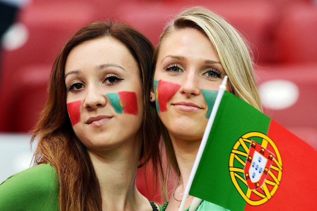 Fussball-Fans-Portugal-120621-3-AFP - Bildquelle: AFP