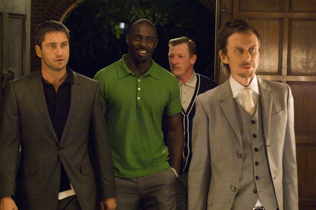 Mit allen Wassern gewaschen: One Two (Gerald Butler, l.), Mumbles (Idris Elba, M.) und Cookie (Matt King, r.) ... - Bildquelle: Warner Bros.