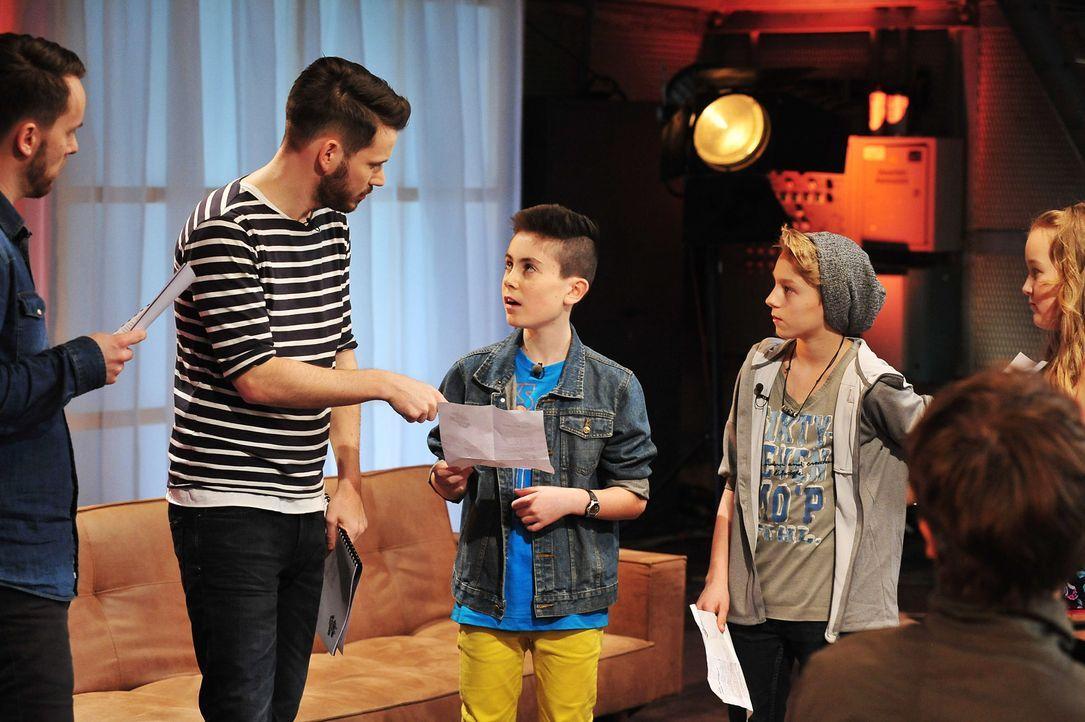 The-Voice-Kids-Stf02-Epi07-Vanessa-Joel-Leif-7-SAT1-Andre-Kowalski - Bildquelle: SAT.1/Andre Kowalski