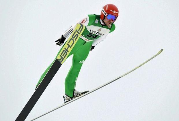 Fabian Rießle überzeugt beim Springen in Val di Fiemme
