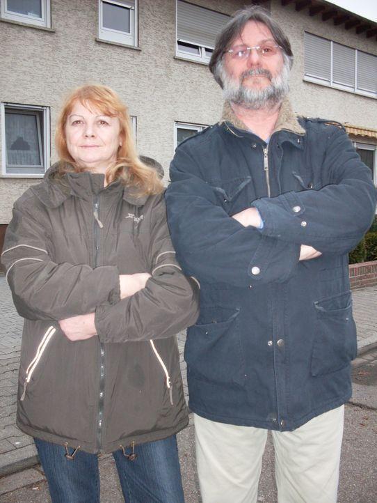 Wohnen und wüten - Jagd auf Mietschmarotzer: Gertrud (l.) und Bruno Welk (r.) wurden Opfer davon ... - Bildquelle: SAT.1