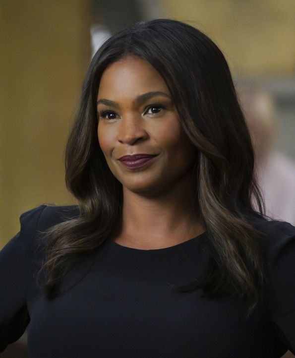 Mosley (Nia Long) ist besorgt, dass hinter dem Identitätsdiebstahl etwas Größeres stecken könnte ... - Bildquelle: Richard Cartwright 2017 CBS Studios Inc. All Rights Reserved.