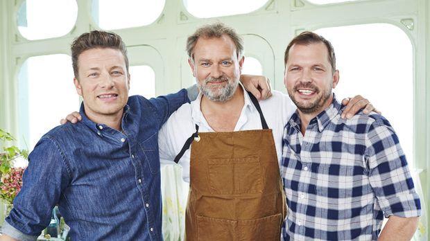 Diese Woche zu Gast bei Jamie (l.) und Jimmy (r.): Schauspieler Hugh Bonnevil...
