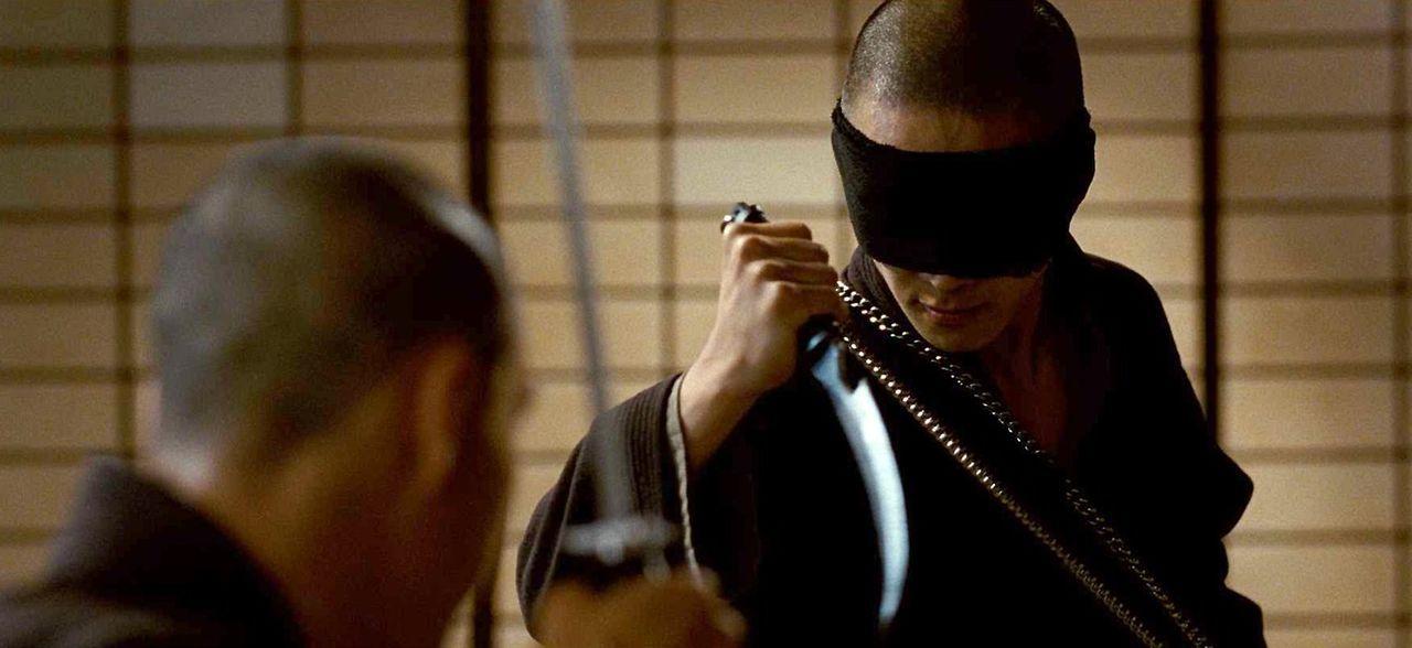 Seit frühester Kindheit wird Raizo (Joon Lee) zu einem todbringenden Ninja ausgebildet. Doch als seine Freundin getötet wird, legt er sich mit sei... - Bildquelle: 2009 Warner Brothers