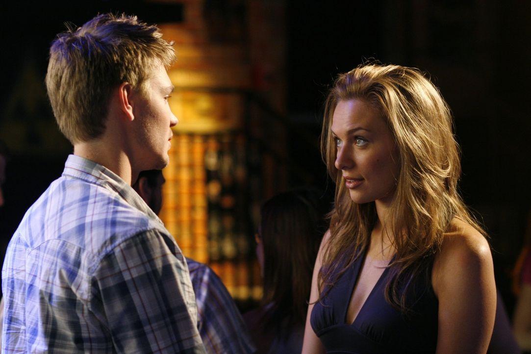 Hat ihre Liebe eine Chance? Lucas (Chad Michael Murray, l.) und Lindsey (Michaela McManus, r.)