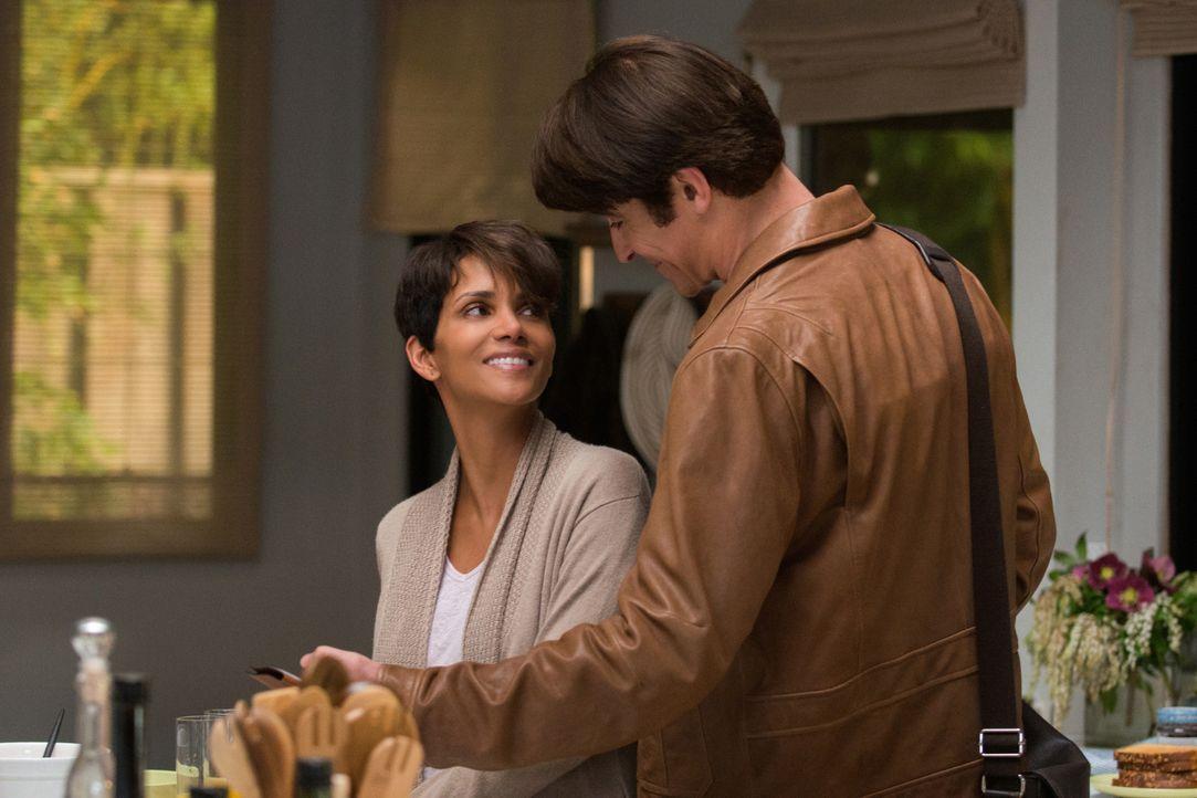 Extant: John und Molly im Glück - Bildquelle: 2014 CBS Broadcasting, Inc. All Rights Reserved