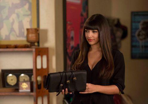 New Girl - Cece (Hannah Simone) ist nicht die Einzige, die vom Besuch von Jes...