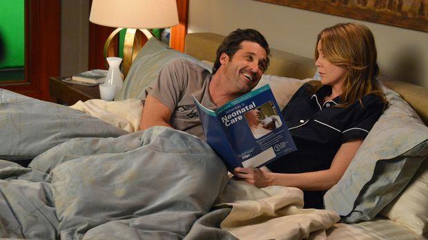 Meredith (Ellen Pompeo, r.) macht sich Sorgen um ihr ungeborenes Baby. Sie ge...