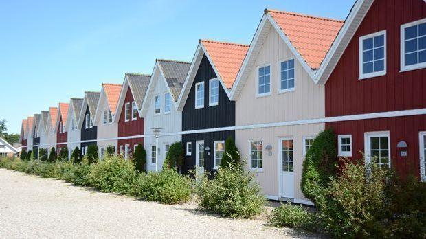 WohnungskaufFerienwohnungMieten_Marco2811_Fotolia_91441179_Subscription_Month...