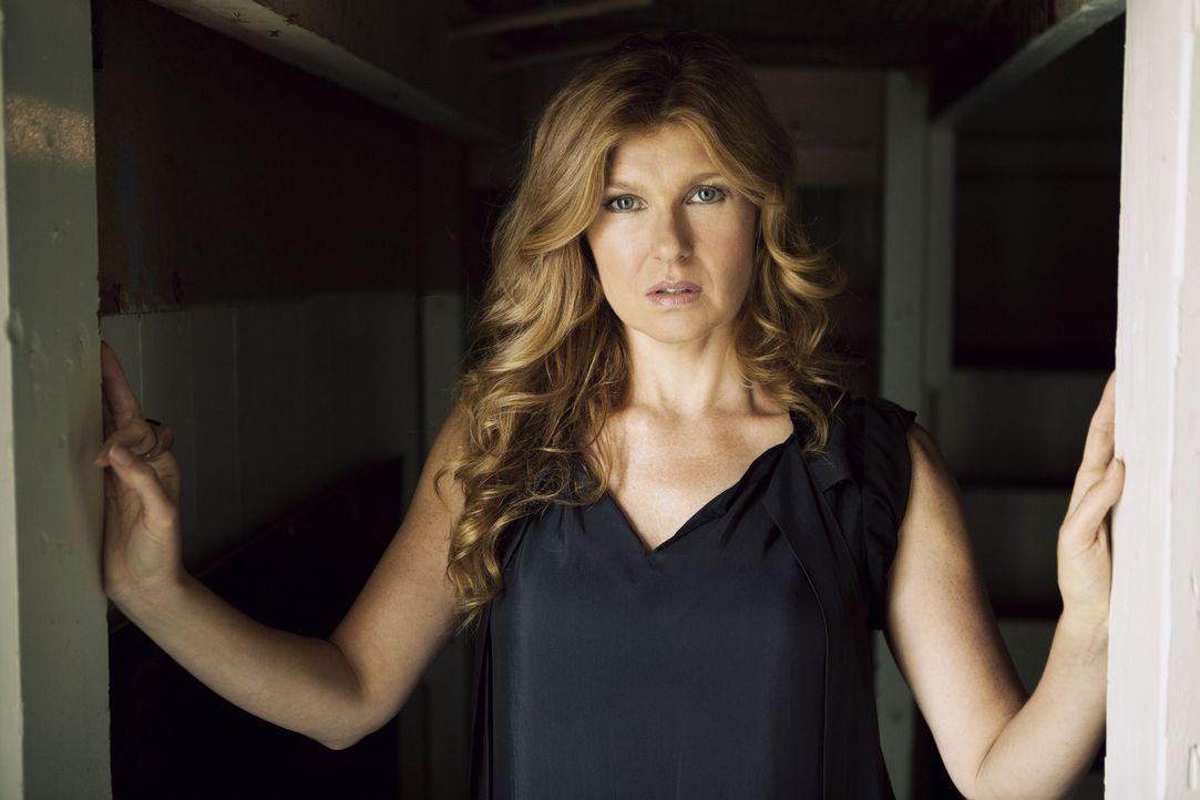 Connie Britton ist Vivien  - Bildquelle: 2011 Twentieth Century Fox Film Corporation. All rights reserved.