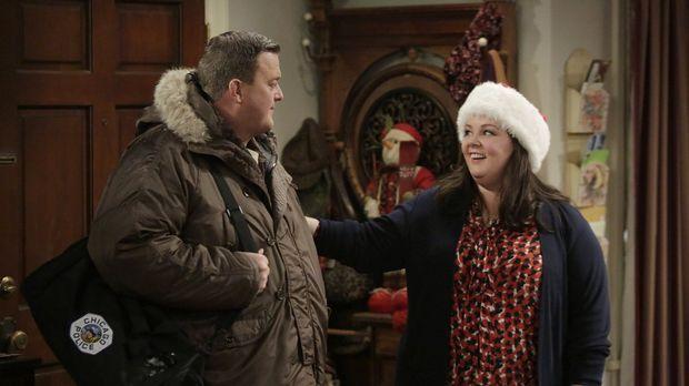 Beim Weihnachtsgeschenke-Shopping stellt Molly (Melissa McCarthy, r.) fest, d...