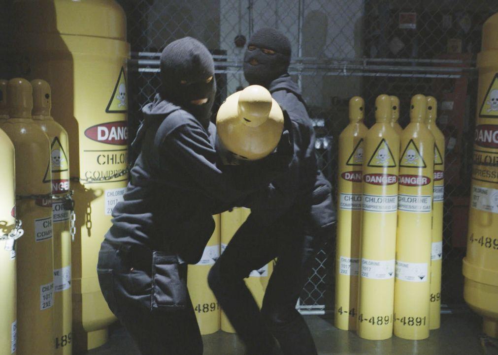Gefährliches Chlorgas wird gestohlen. Können die Ermittler einen Anschlag verhindern? - Bildquelle: 2018 CBS Broadcasting, Inc. All Rights Reserved