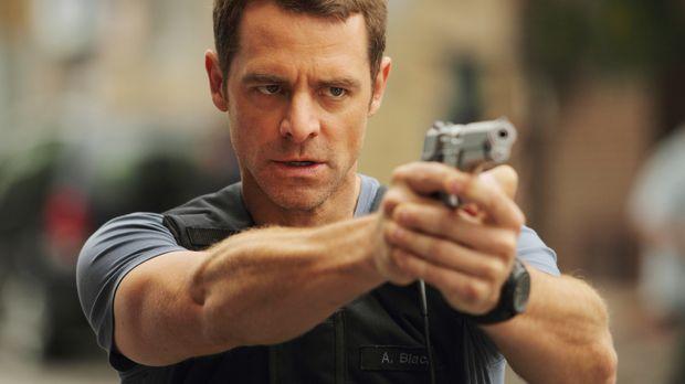 Die Kollegin von Detective Aiden Black (David Sutcliffe) macht sich große Sor...