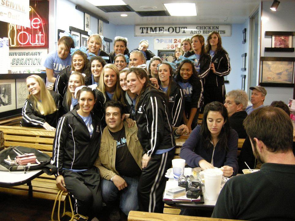 Seit über 30 Jahren bei Jung und Alt beliebt: das Time-Out Restaurant in Chapel Hill ... - Bildquelle: The Travel Channel, L.L.C.