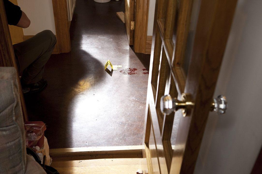 Eine Kleinstadt in Pennsylvania wird von einem Mordfall erschüttert: Dem Zahnarzt John Yelenic wurde brutal die Kehle durchschnitten. Blutige Schuha... - Bildquelle: Jeremy Lewis Cineflix 2010
