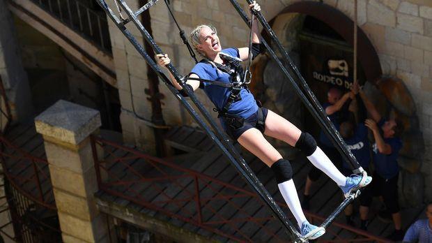 Fort Boyard - Fort Boyard - Staffel 2 Episode 2: Sarah Knappik Gerät In Panik