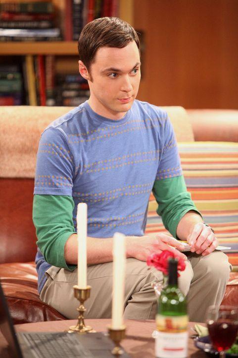 Haben einen Streit, der sich um ein neues Möbelstück dreht: Sheldon (Jim Parsons) und Penny ... - Bildquelle: Warner Bros. Television