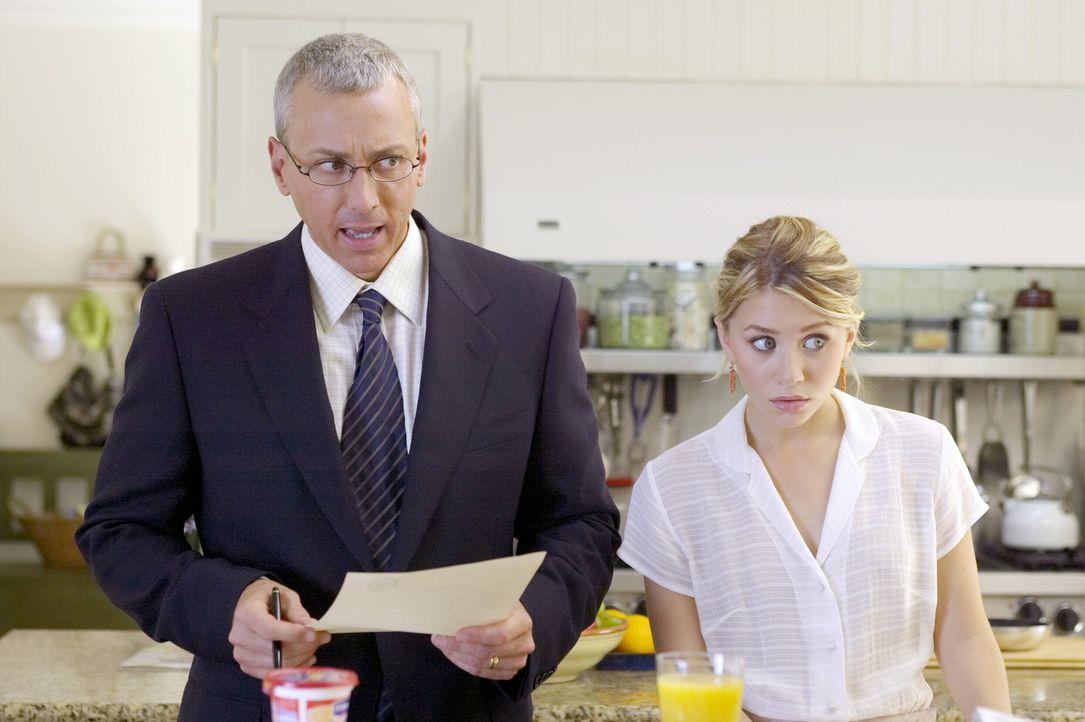 Nach dem Tod der Mutter hat Jane (Ashley Olsen, r.) deren Rolle übernommen und kümmert sich um Schwester und Vater (Drew Pinsky, l.). Doch ihr Zie... - Bildquelle: Warner Brothers International Television
