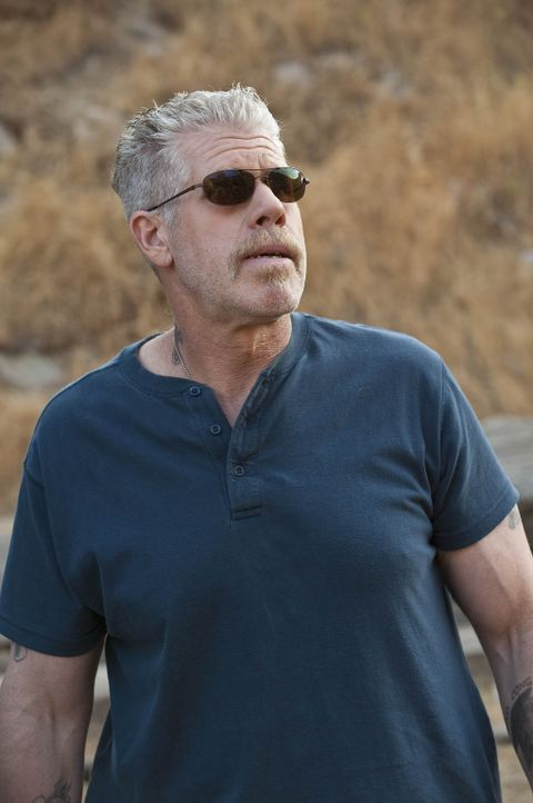 Chibs wurde schwer verletzt, durch eine Autobombe der Neonazi-Gruppe rund um Zobelle. Clay (Ron Perlman) plant daraufhin einen Rachefeldzug ... - Bildquelle: 2009 Twentieth Century Fox Film Corporation and Bluebush Productions, LLC. All rights reserved.