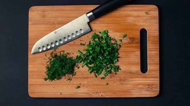 Schneidebrett-Messer