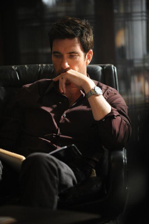 Ben Harmons (Dylan McDermott) neue Patientin ist von der blutigen Geschichte des Hauses fasziniert ... - Bildquelle: 2011 Twentieth Century Fox Film Corporation. All rights reserved.