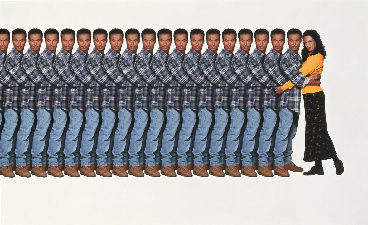 Vier lieben dich - Artwork - Manchmal wünscht sich der Bauingenieur Doug Kinney (Michael Keaton, l.), er könne sich vierteilen. Als sein Wunsch in... - Bildquelle: Columbia TriStar