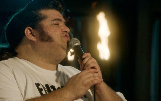 Hawaii Five-0 - Als bei einem Elvis-Contest der Favorit plötzlich auf der Büh...